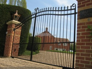 Steel decorative drive gates