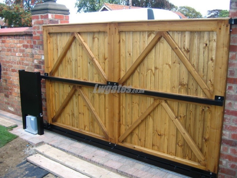 Softwood Flat Top Gate Lw Systems